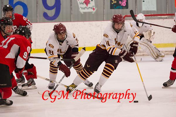 1-12-13_VarsityA_Hockey014